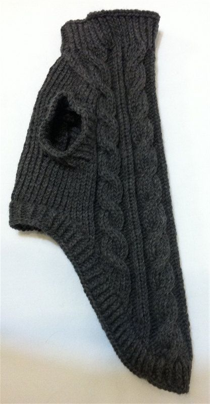 Classic Aran Knit Dog Sweater in Charcoal Quiltsy by lynndalou