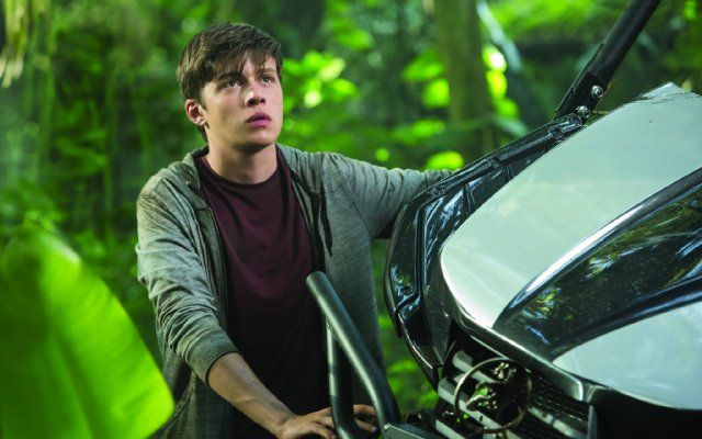 Still of Nick Robinson in Jurassic World (2015). This guy is growing up into a cutie.