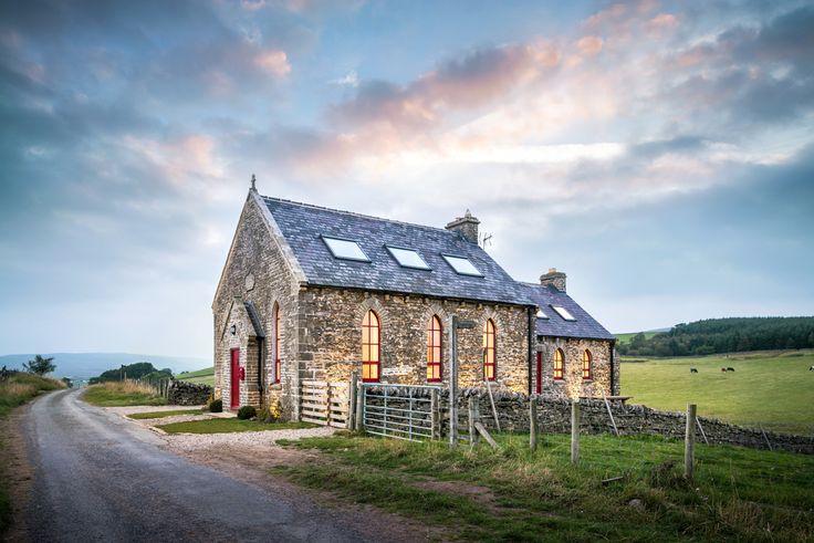Biserică transformată într-o casă modernă   Jurnal de design interior