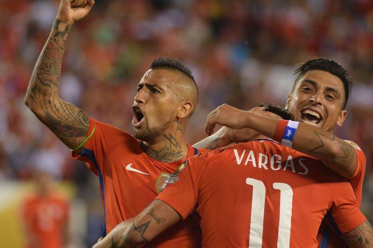 Chile drops Panama qualifies for Quarterfinals