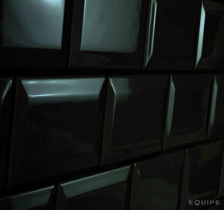 EQUIPE - Metro Black Matt 7, 5x15