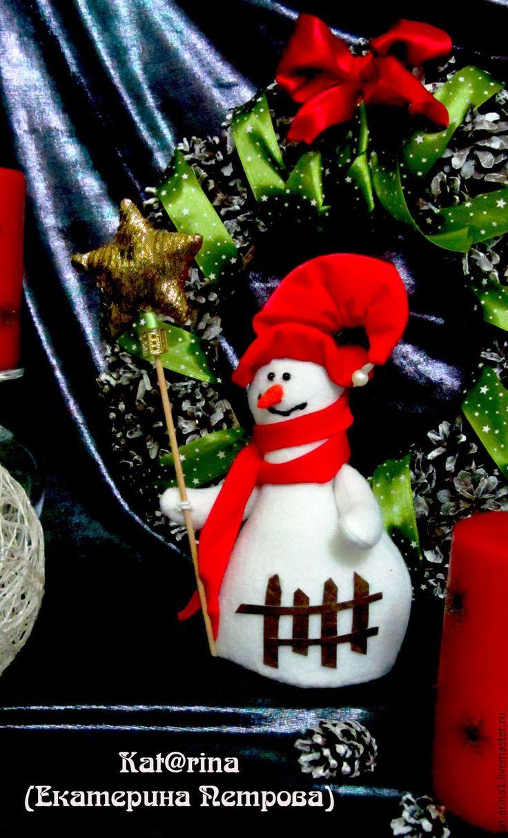 Купить Снеговик со звездой , белый красный. - белый, Новый Год, новогодний подарок