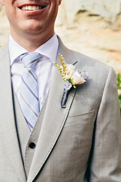 Definitely a mid-gray color for the groom's suit and a white shirt.