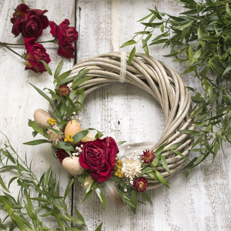 Easter wreath, red rose, natur, dry flowers