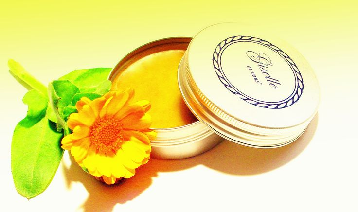 Marigold Lip Balm / Active ingredients: calendula, walnut leaves, shea butter, jojoba oil, almond oil, vitamin E, sunflower oil, beeswax / 100% natural organic product / Giselle et Vous.