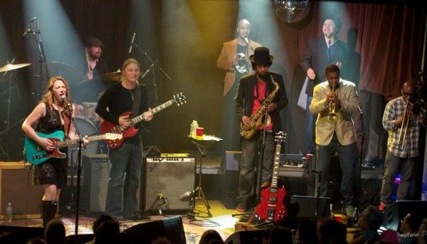 """http://triangleartsandentertainment.org/wp-content/uploads/2015/03/Tedeschi-Trucks-Band-e1427211326659.jpg - Wheels of Soul -  Wheels of Soul2015 Summer Tour Tedeschi Trucks Band Sharon Jones & The Dap-Kings """"with special guest"""" Doyle Bramhall II  Saturday · July 18 · 6:30 p.m.     Tickets on Sale Friday, March 27 at 10 a.m. (Ticket limit 8 per person)  ~ Reserved Seats/$75, Reser... - http://tr"""