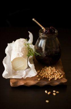 Rulo de cabra con frutos secos y miel :)