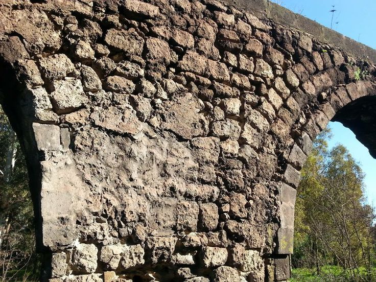 Acquedotto romano del Triglio. Salento, Taranto: the Spartan City