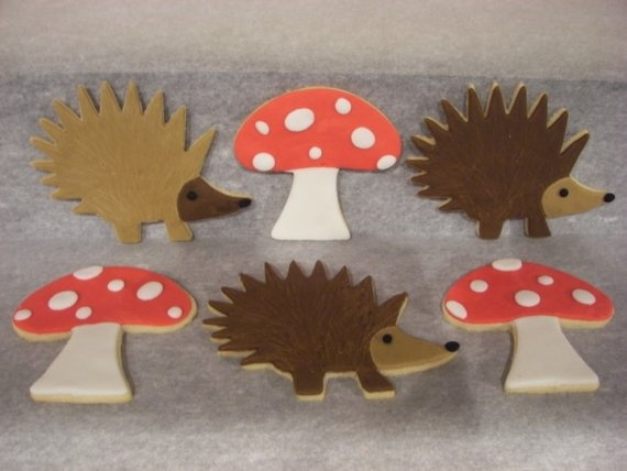 Woodland themed iced biscuits.