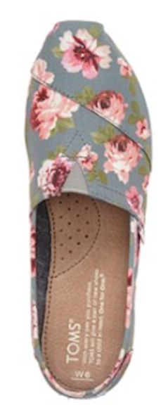love these grey floral TOMS rstyle.me/...