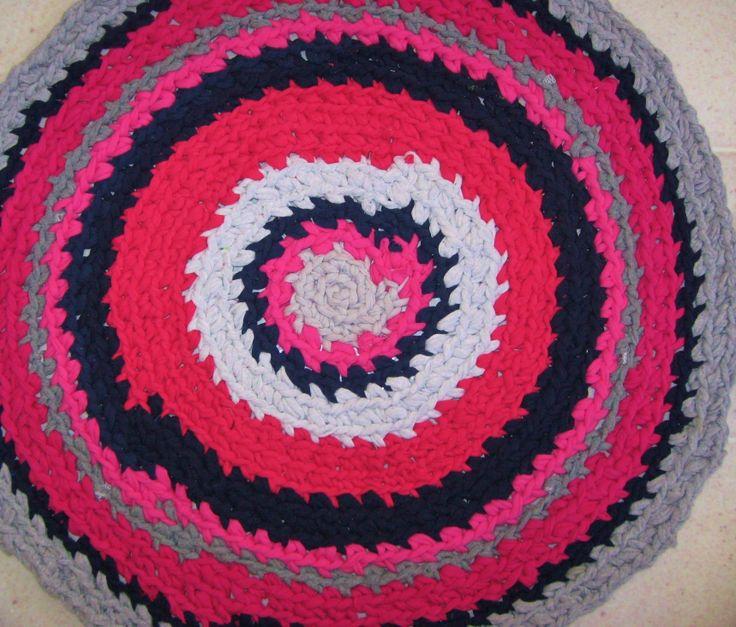 Recycled t-shirt yarn crocheted rug | T shirt yarn / fibre arts | Pin ...