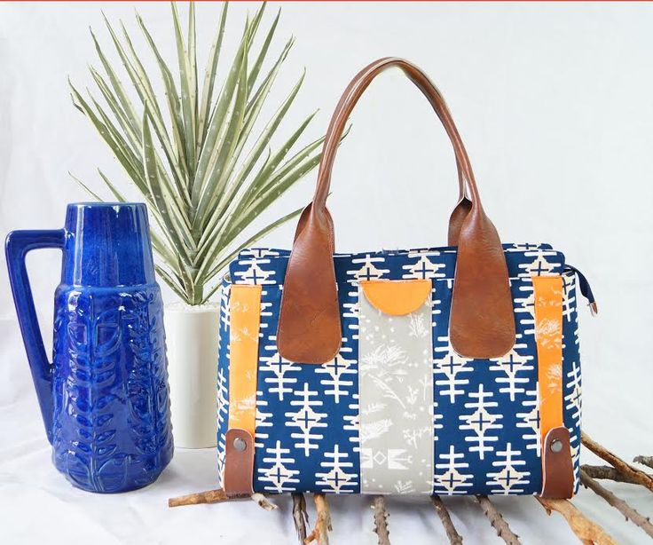 We absolutely love this stunning bag created by Michelle Wilson…