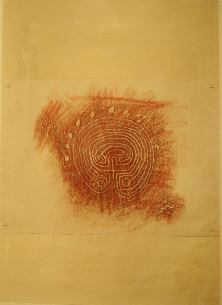 labyrint krijt op calqueerpapier