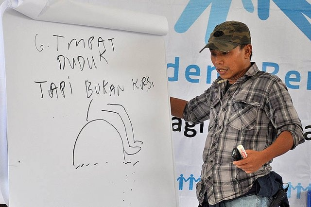 Guru Pidi Baiq at Akber Anak Jalanan