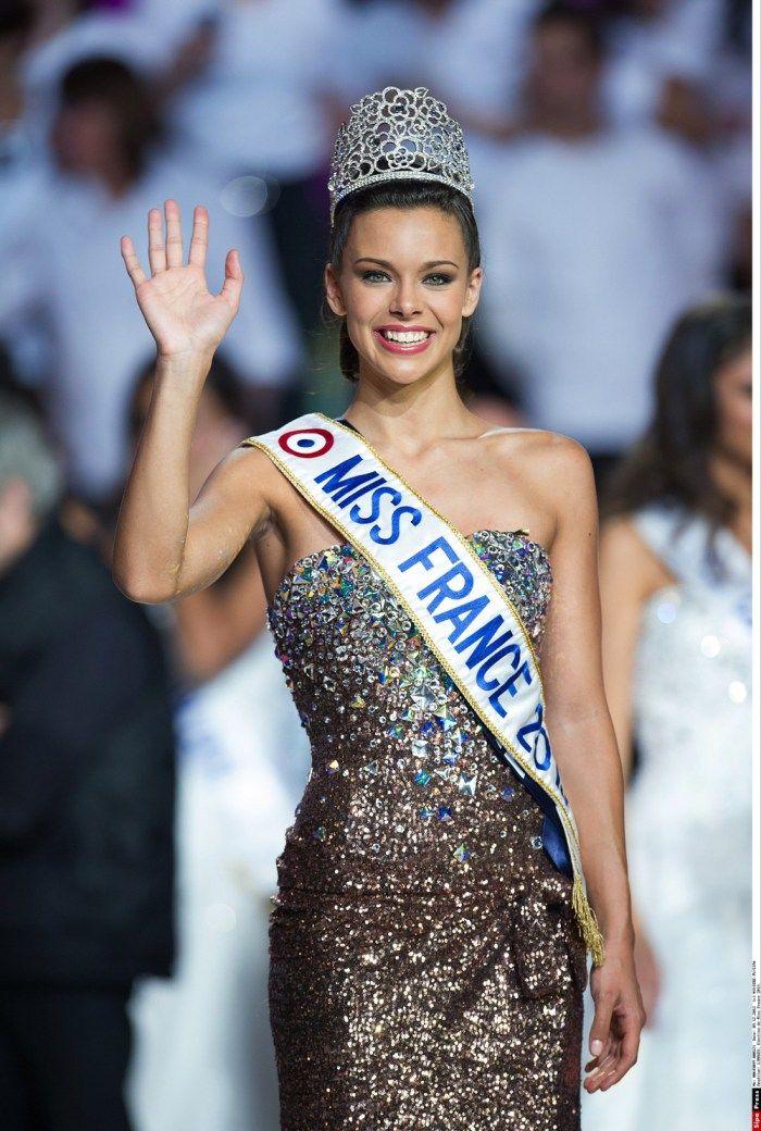 Marine LORPHELIN est élue Miss France 2013 le 8 décembre 2012, à Limoges devant 7,6 millions de téléspectateurs.