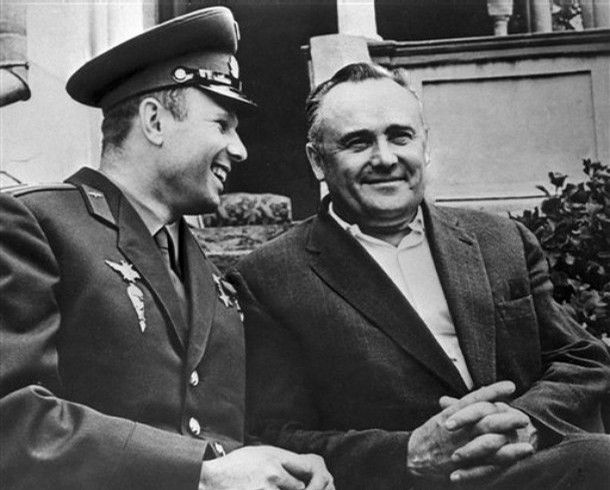 First cosmonaut Yuri Gagarin and chief designer of space rockets USSR Sergei Korolev #Russia #space