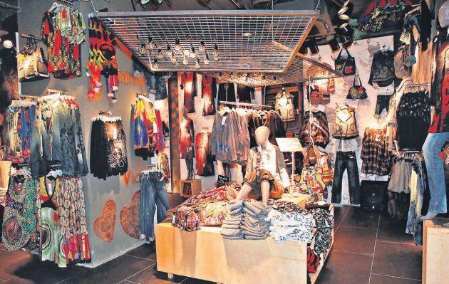 Tiendas De Decoracion En Lima ~ de ropa de mujer buscar con google vete al diablo pared con espejo jpg