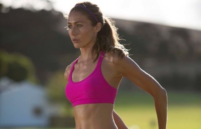 Corro tre volte alla settimana. È meglio variare le uscite?