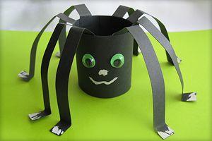 Bastelanleitung für Spinne aus Papier