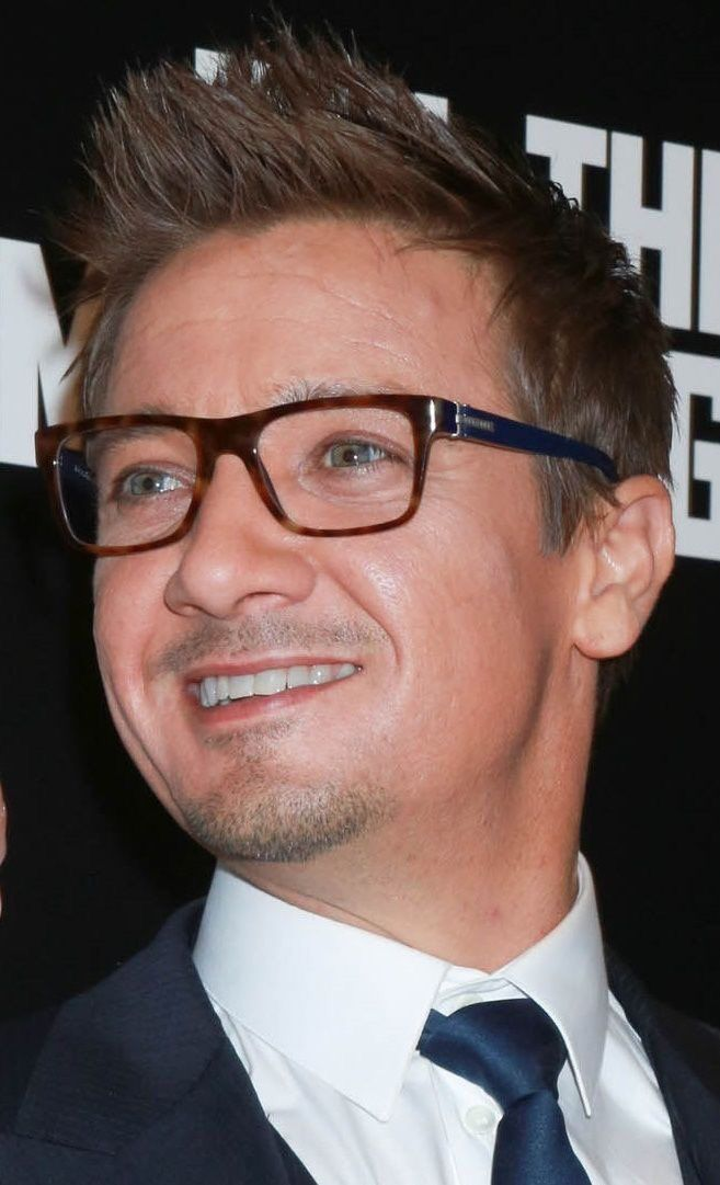 25+ Best Ideas about Jeremy Renner on Pinterest | Hawkeye ...