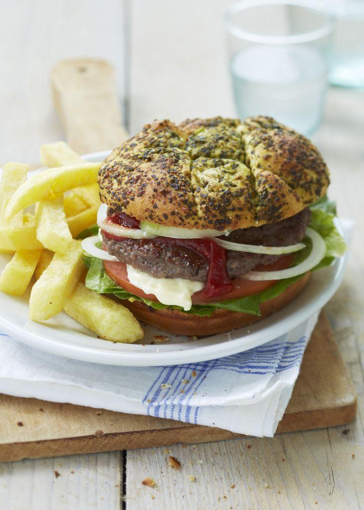 Heerlijk burgers met frites! #hamburgers