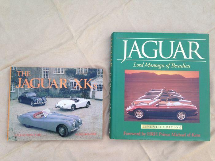 Twee Jaguar boeken; geschiedenis in woord en beeld.  Dit kavel bevat twee bijzondere boeken vol met Jaguar foto's en wetens waardigheden. Het eerste boek: Jaguar Xk's Een bijzonder informatief boek over de XK type Jaguars. Van oorsprong Race Geschiedenis tot aan het restauratie proces. Als speciale bijlage zijn de technische specificaties opgenomen. Harde kaft met stofhoes. 128 pagina's. 19 cm hoog 24 cm breed. Het tweede boek; Jaguar door Lord Matagu of Beaulieu. Een zeer uitgebreide…
