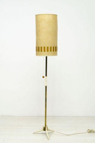 staande lamp met oude kokerkap (1).jpg