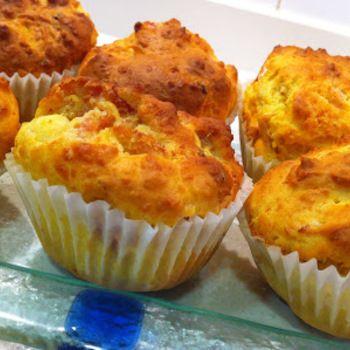 Muffins Salados de Jamón, Queso Brie y Tomate de recetasdecocinaparatodos.blogspot.com.es