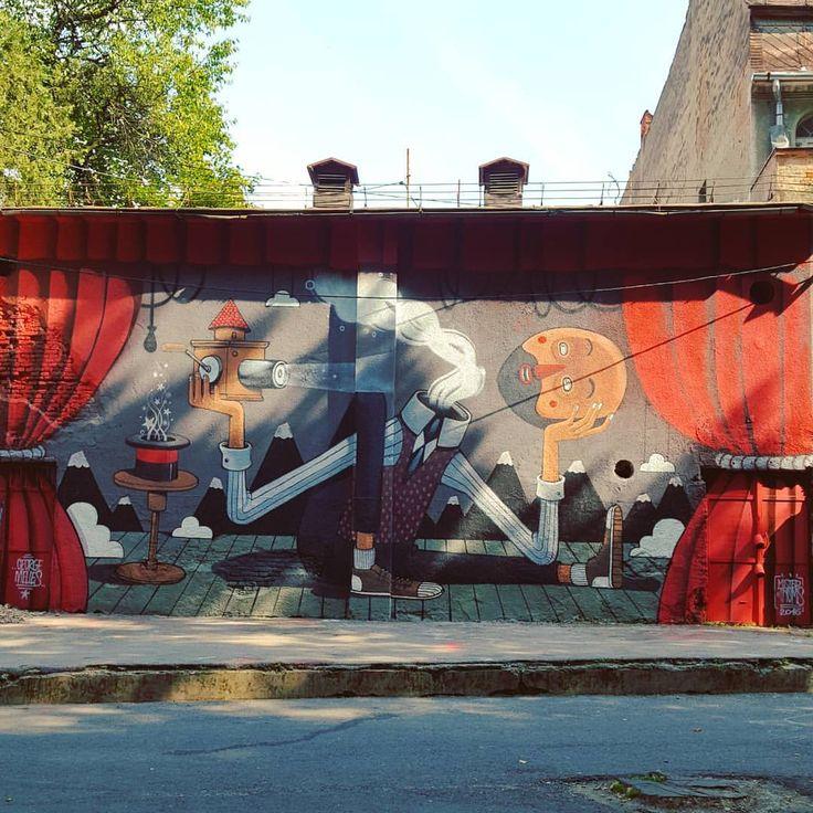 The magic show of the light - Mister Thoms 2016 #brasov #graffiti #mrthoms #misterthoms #art #streetart #artwork #amural #event #mural #romania #ig_brasov #like #add #withmylove #september #walk #see #view #wall #brasovulmagic #openyoureyes #magic...