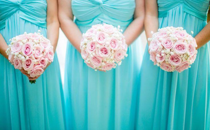 Beautiful bridesmaids! Photography by Mott Visuals