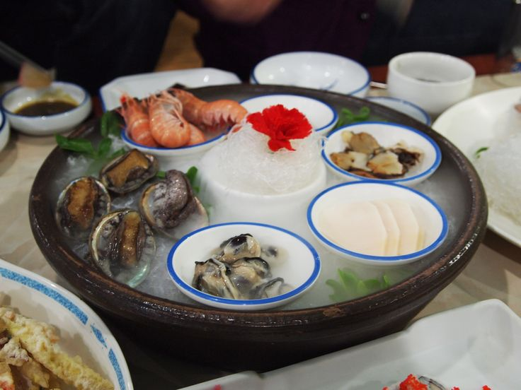 December 2011 - Awesome seafood dinner at Jeju Island, South Korea. The last night in Jeju before moving onto the next destination, we had seafood dinner. Fresh raw seafood, the best!