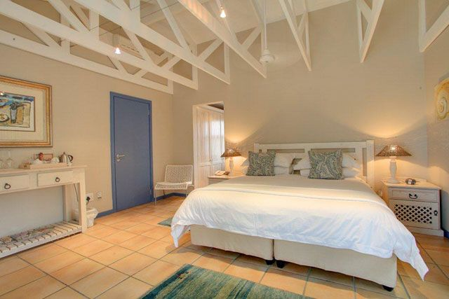 Abalone Guest Lodge - Stay in Hermanus, South Africa - Travelscape.co.za