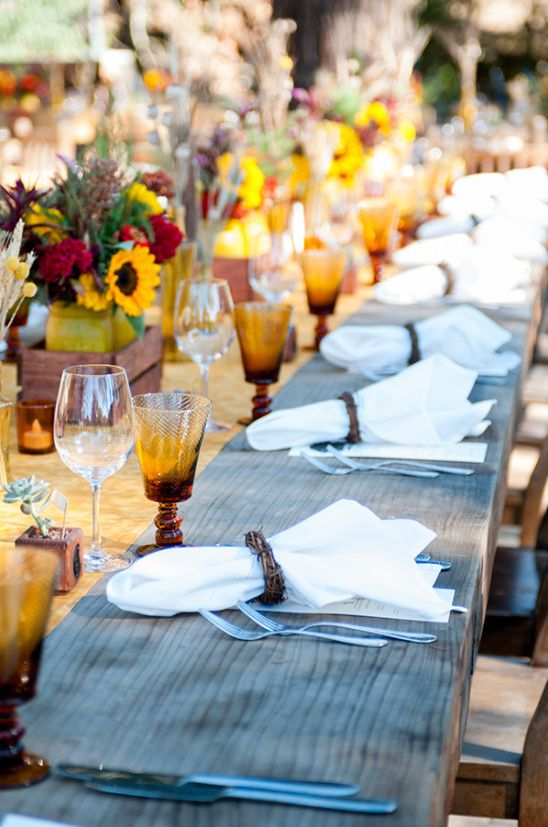 素朴なヒマワリの結婚披露宴