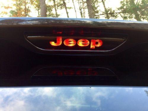 3rd-Brake-Light-Decal-Sticker-fits-2011-2017-JEEP-GRAND-CHEROKEE