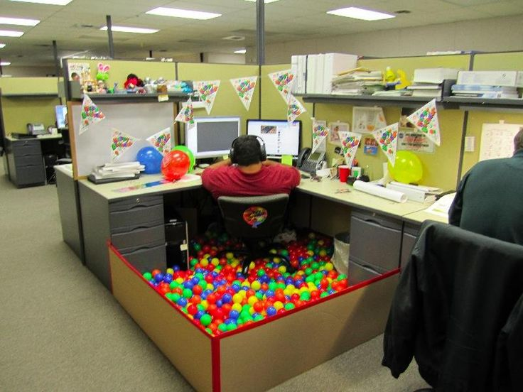 Decorated cubicles with colorful balls:) | Decorated Cubicles | Pinte ...