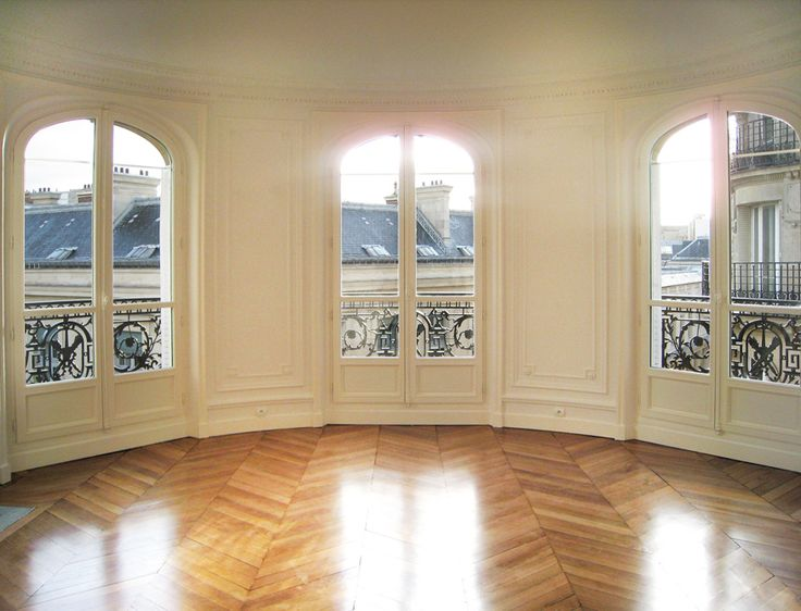 I cam across this incredible Parisian real estate/ renovation and design site A+B Kasha and fell MADLY, MADLY in love with everything I saw. Of course, as with most things, the French just do it better. And that goes for architecture too. Don't get me wrong, a love a good, old New England Greek Revival- …