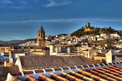 Vélez-Málaga, en la Axarquía malagueña, con su centro histórico declarado Bien de Interés Cultural / Velez-Málaga, in the Axarquia of Málaga, has a historical centre declared of Cultural Interest
