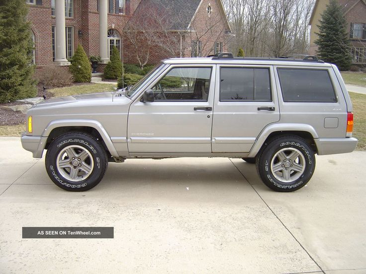 2000 Jeep Cherokee Classic Sport Utility 4x4 call me