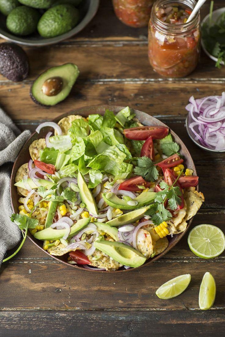 Ein köstliches Rezept für geladene Salat Nachos