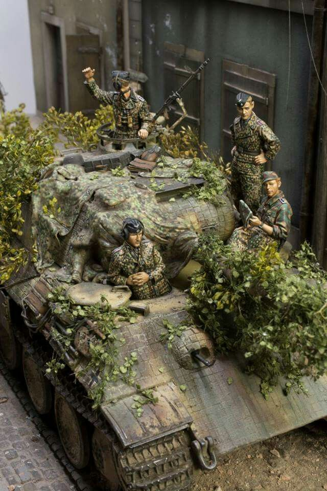 German Panther and crew