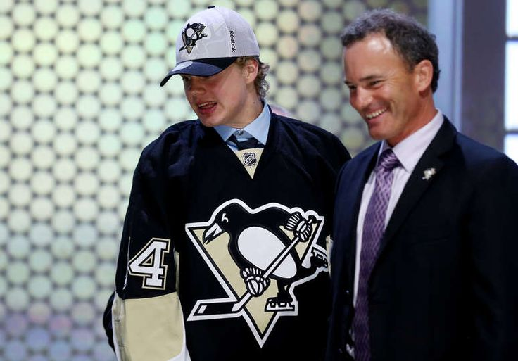 Kasperi Kapanen is selected twenty-second overall by the Pittsburgh Penguins in the first round of the 2014 NHL Draft at the Wells Fargo Center on June 27, 2014 in Philadelphia. (Photo by Bruce Bennett/Getty Images)