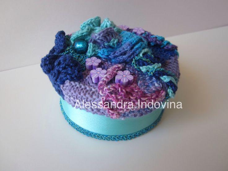 freeform crochet small box