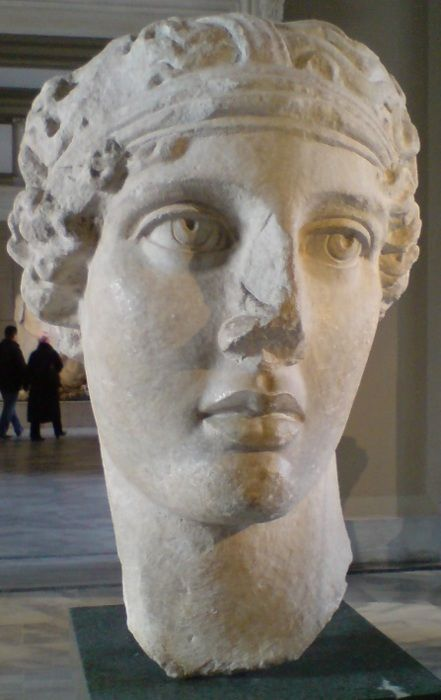 Head of the poetess Sappho, Smyrna, Marble copy of a prototype belonging to the Hellenistic Period. (Istanbul Archeological Museum) Photo by P. Vasiliadis, via TheAncientWorld.