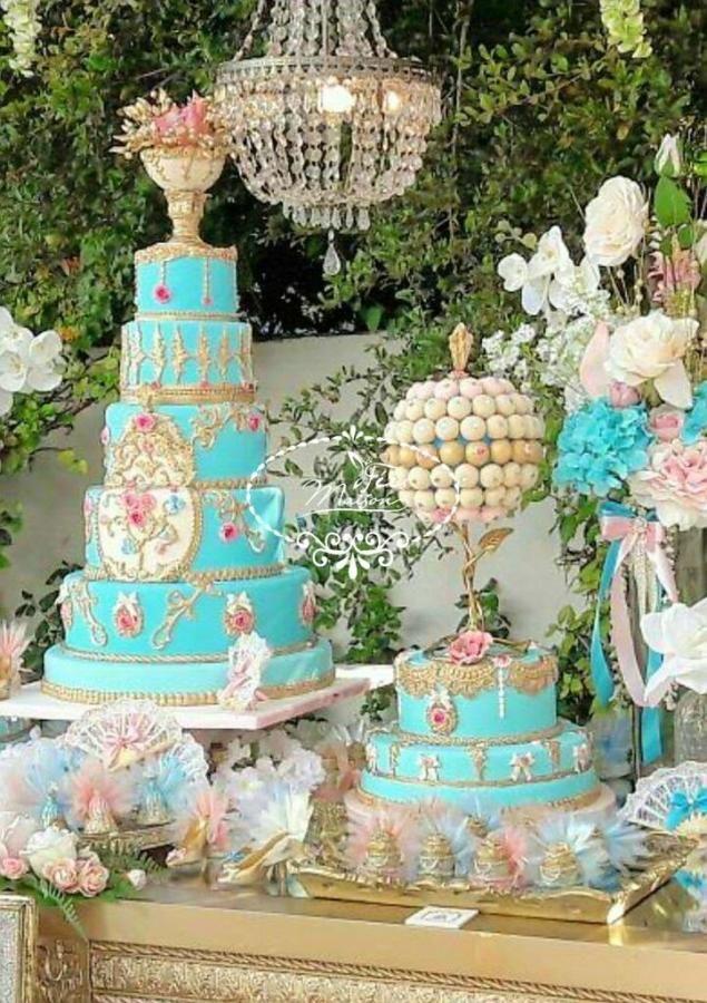 Baroque Marie Antoinette Wedding Cake by Fées Maison (AHMADI) - http://cakesdecor.com/cakes/284997-baroque-marie-antoinette-wedding-cake