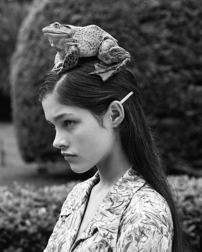 Bruce Weber: Lonneke Engel en Versace, Buenos Aires, Argentine, 1995