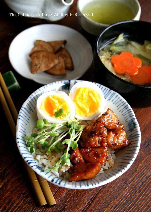Teriyaki Chicken Rice Bowl 照り焼き鶏団子丼&お気に入り飯碗 | The Culinary Tribune  Re-Pinned by http://www.kyotokimono.com/