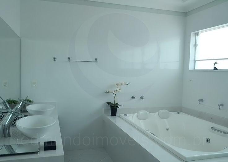 17 melhores ideias sobre Banheiras De Hidromassagem no Pinterest  Deque para -> Banheiro Com Banheira Dimensões