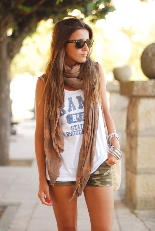 Scarves make every outfit cute! I'm in loovve with these ...