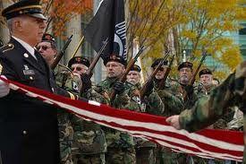 парад в День Ветеранов в Америке