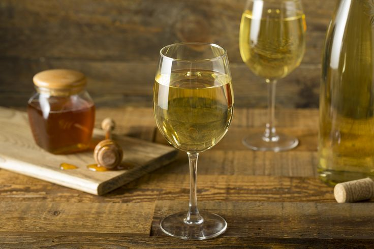Discover which alcoholic drinks are the best option for your health! Some of them may actually surprise you.